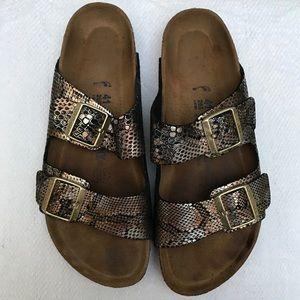 BIRKENSTOCK 10 sandals soft bed snake skin